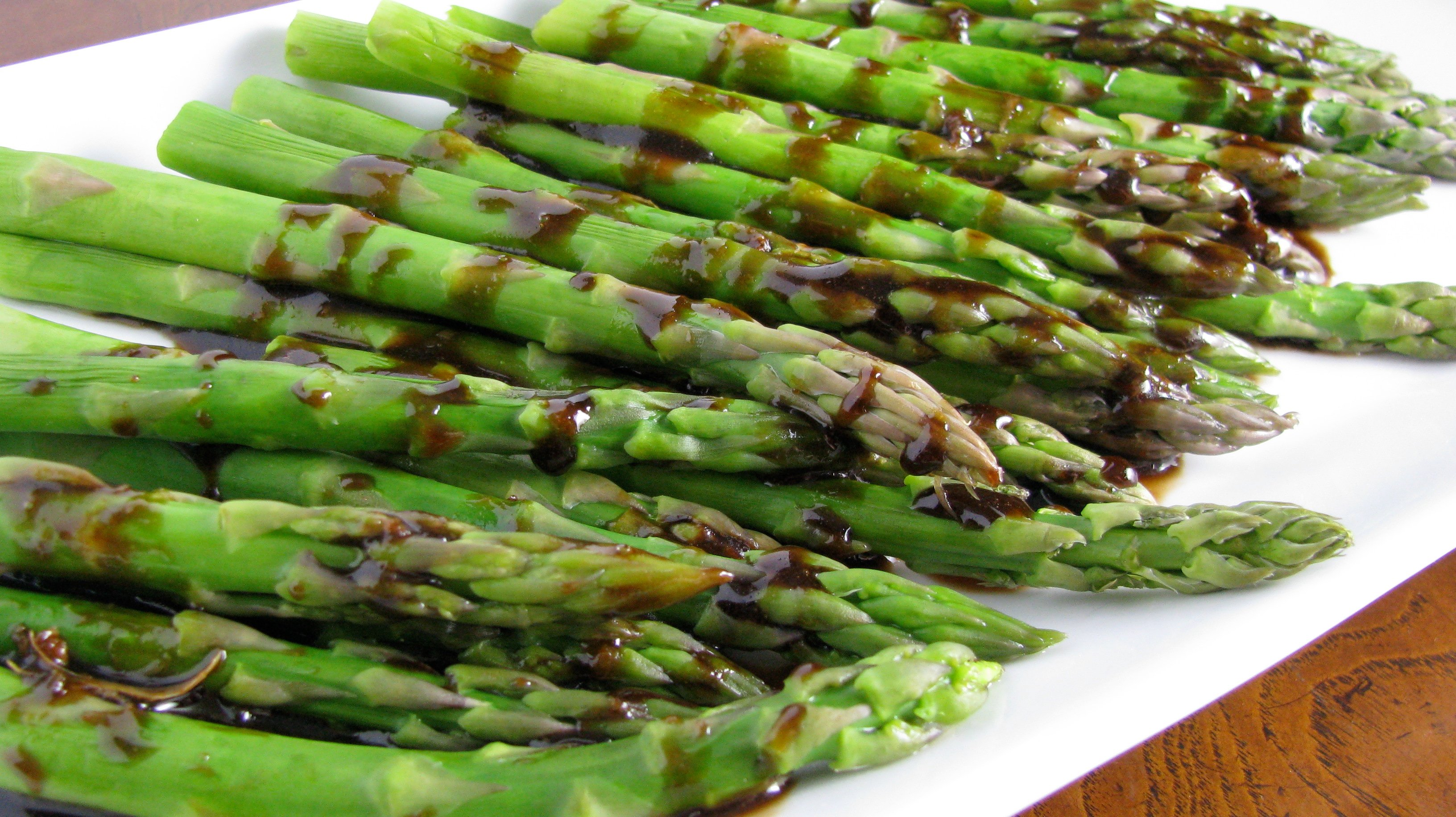 Grilled Asparagus with Roasted Garlic Vinaigrette. | How Sweet It Is