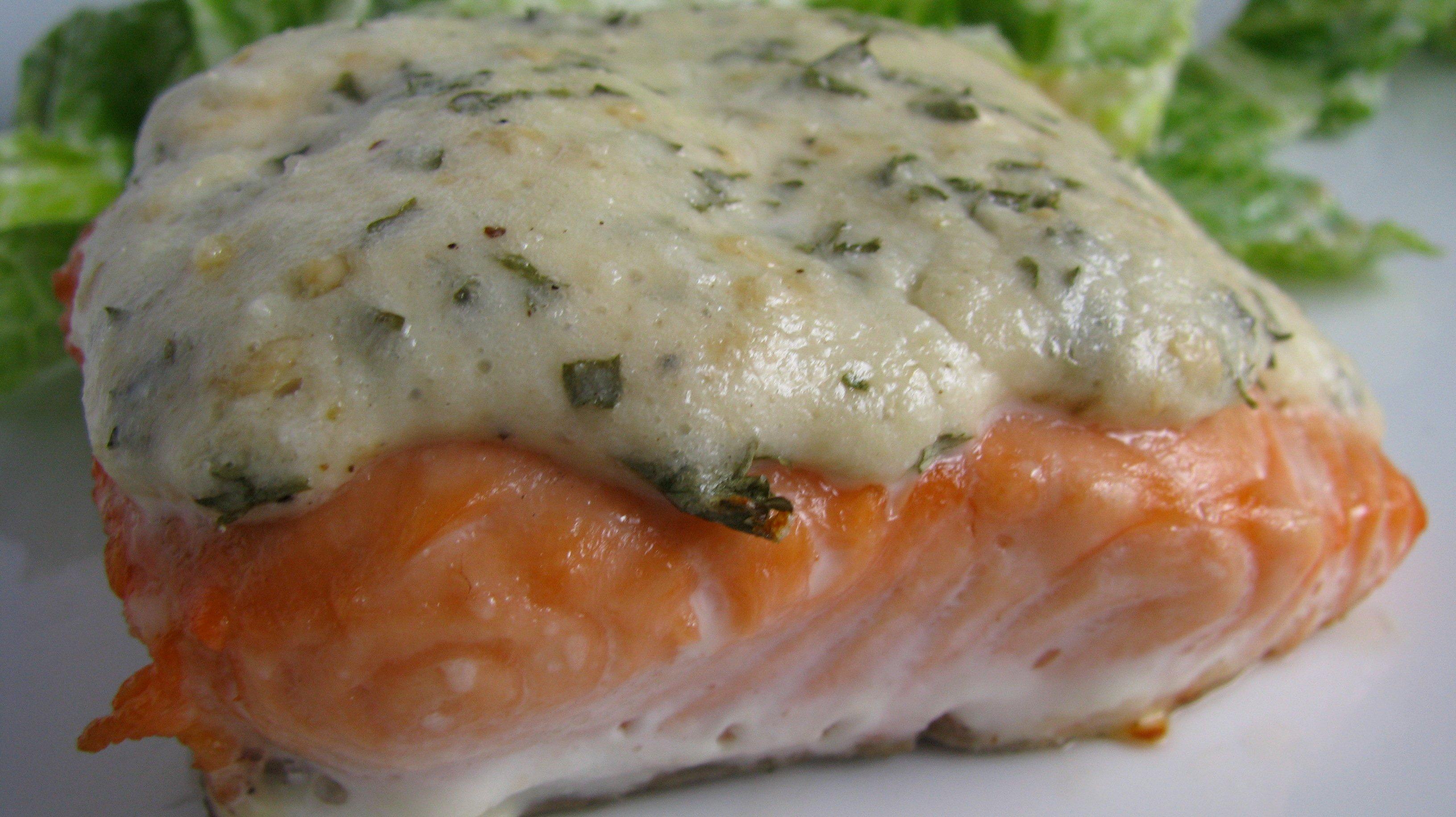 Рецепт запеченной скумбрии с сыром