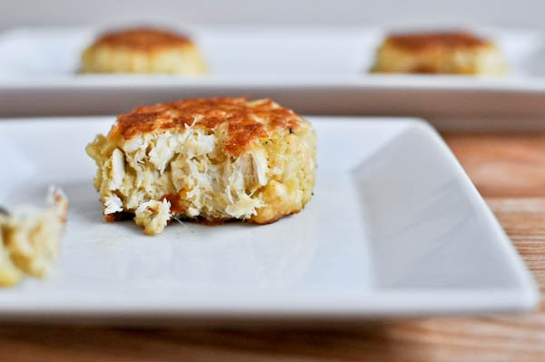 Simple Light Crab Cakes I howsweeteats.com