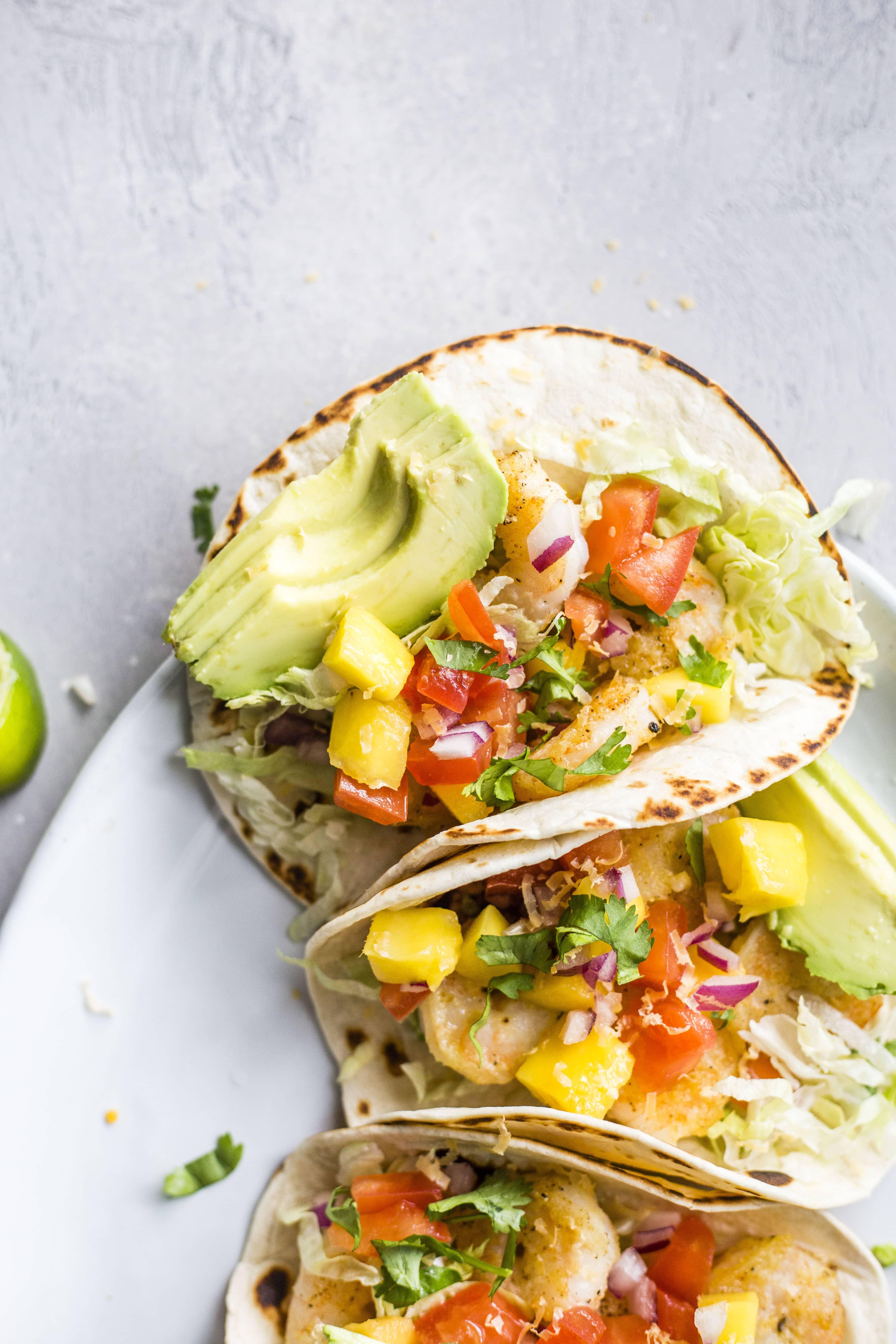 crispy shrimp tacos I howsweeteats.com #shrimp #tacos #seafood #healthy #recipes