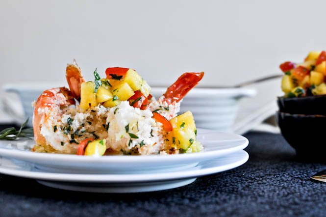 Coconut Baked Shrimp with Pineapple Peach Salsa I howsweeteats.com