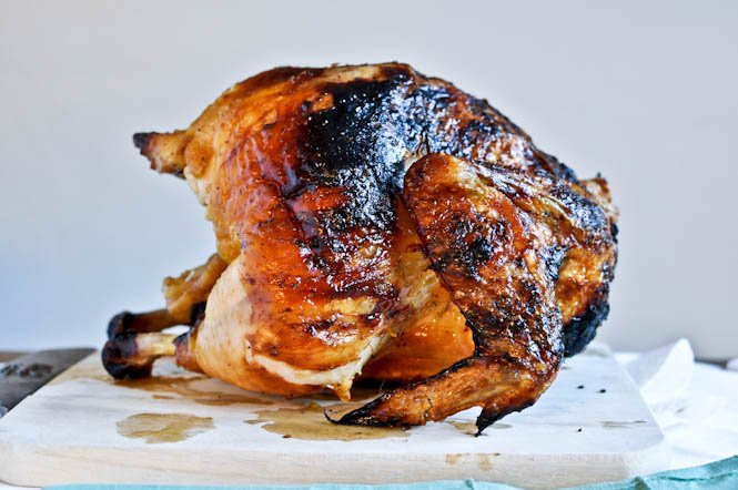 Brown Sugar Butter Roasted Chicken I howsweeteats.com