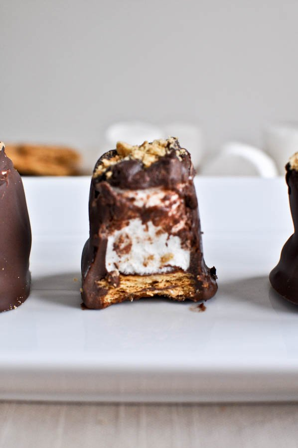 Homemade Smashing S'mores | How Sweet It Is