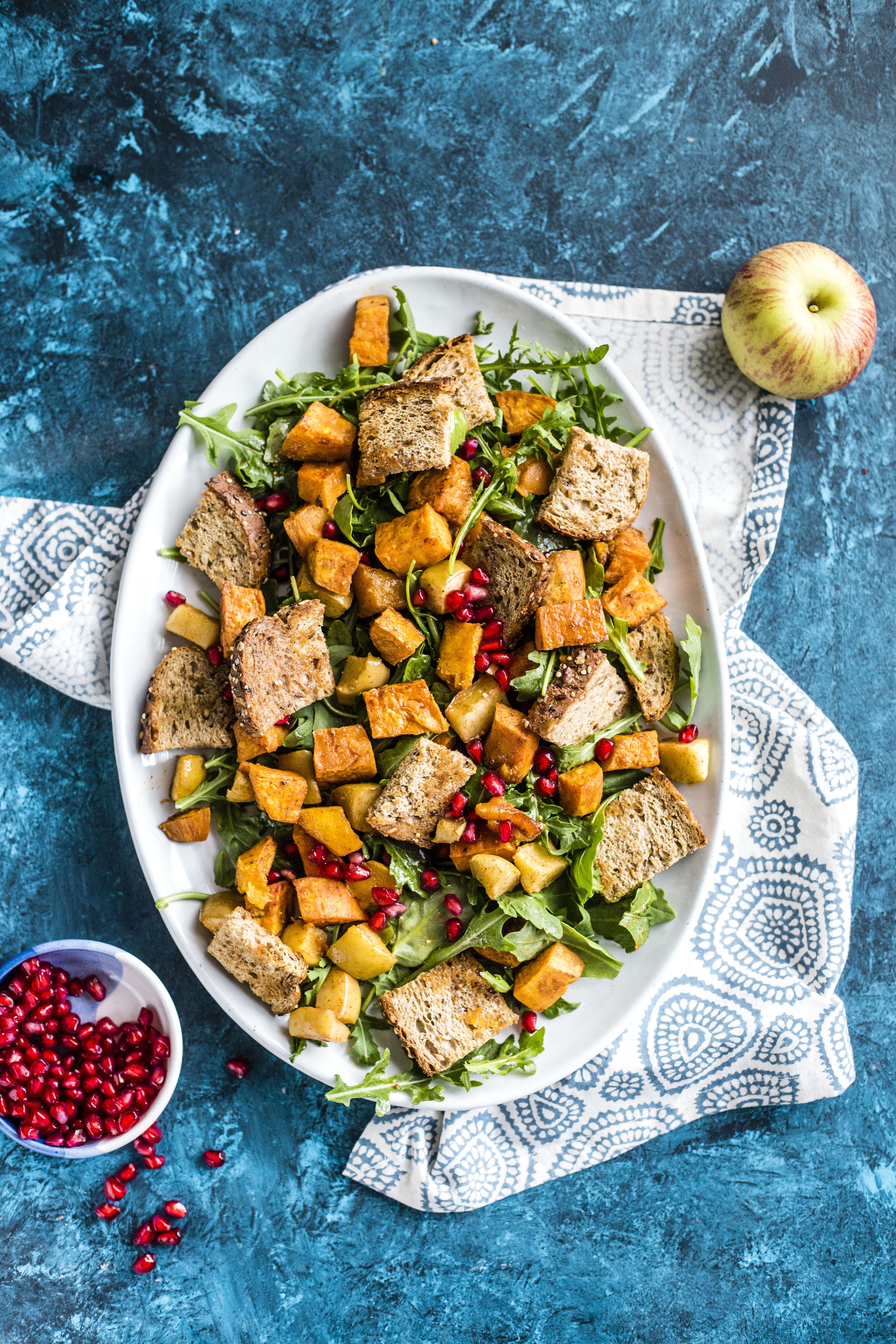 roasted autumn panzanella salad I howsweeteats.com
