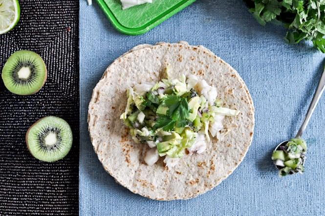 Grilled Coconut Lime Tilapia Tacos with Kiwi Salsa I howsweeteats.com