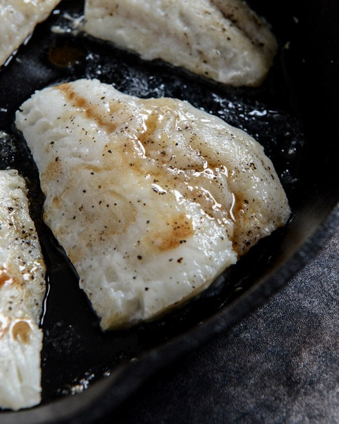 Brown Butter Tilapia with Toasted Basil Butter Breadcrumbs I howsweeteats.com