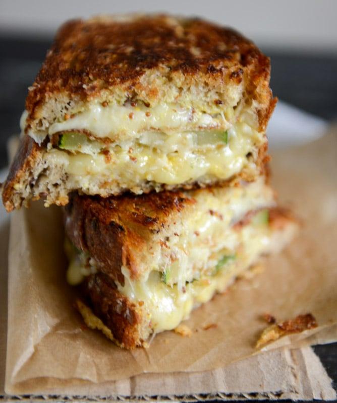 Crispy Zucchini Grilled Cheese with Dijon Horseradish Aioli I howsweeteats.com