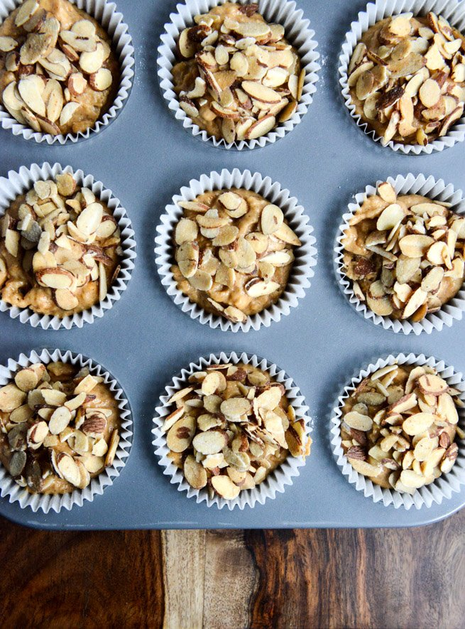 Whole Wheat Pumpkin Almond Muffins I howsweeteats.com