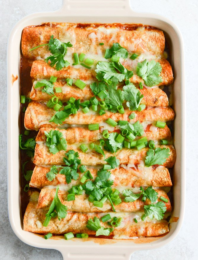 Lightened Up Beef Enchiladas with 10 Minute Enchilada Sauce I howsweeteats.com