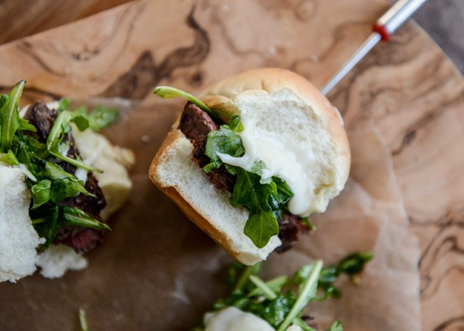 seared filet fondue sliders I howsweeteats.com