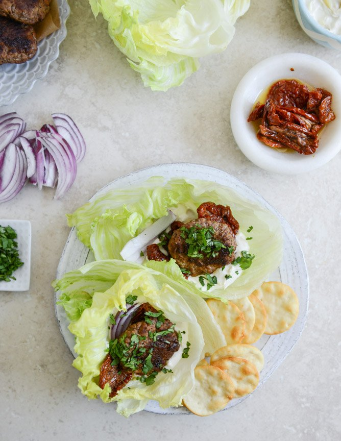 lamb slider lettuce wraps with whipped feta, artichokes and sun dried tomatoes I howsweeteats.com