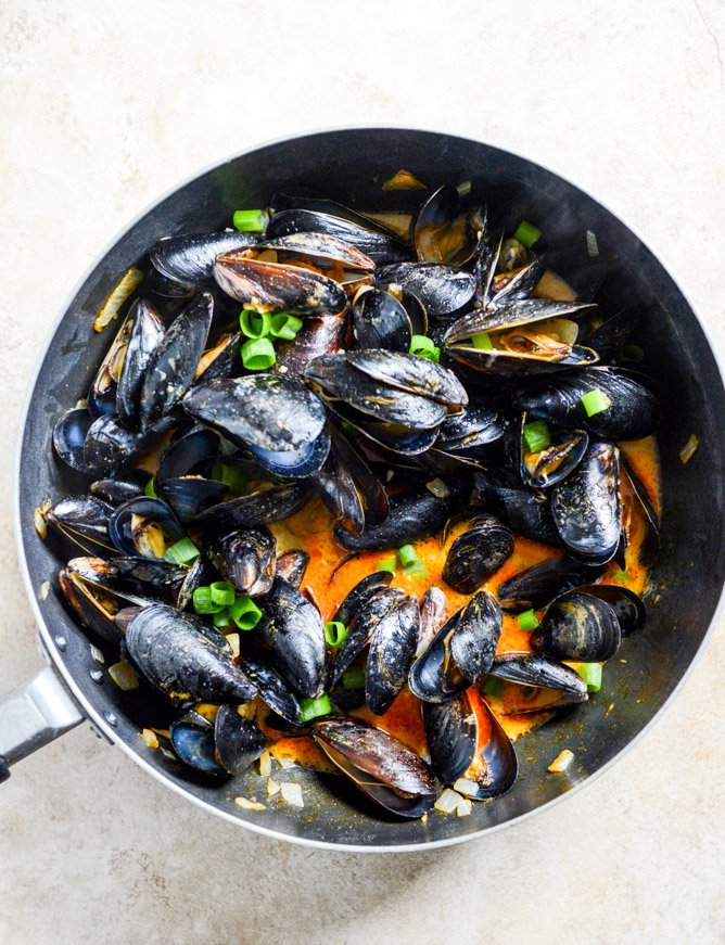 Steamed Mussels With Lemongrass Coconut Curry Recipes — Dishmaps