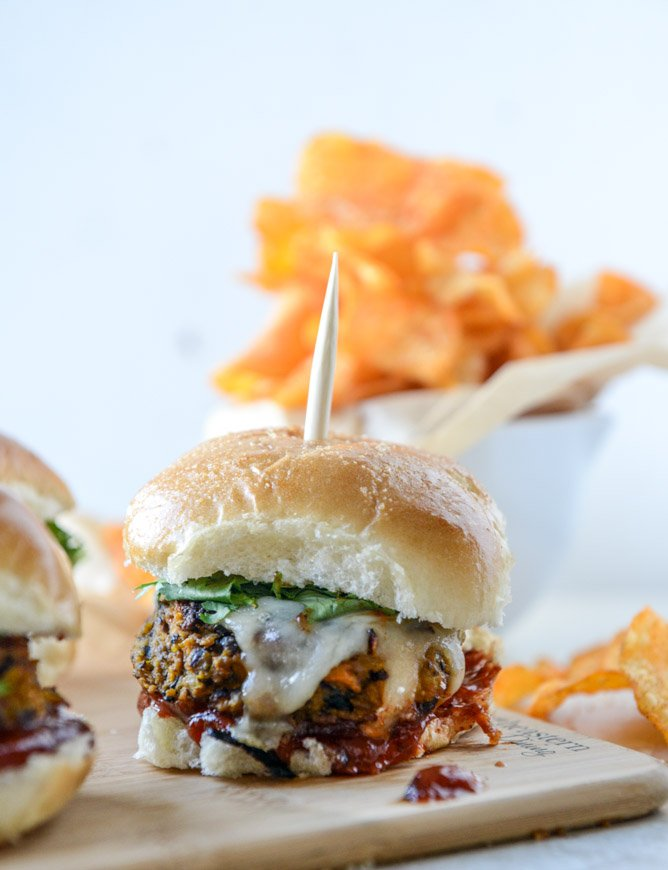 butternut black bean burgers with chipotle ketchup I howsweeteats.com