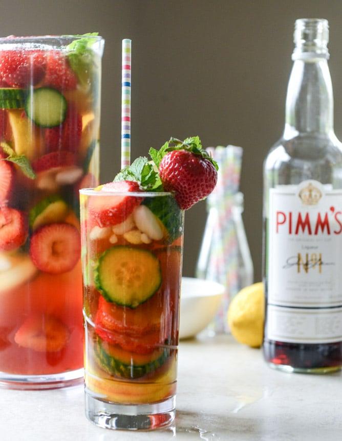 strawberry pimm's cups I howsweeteats.com