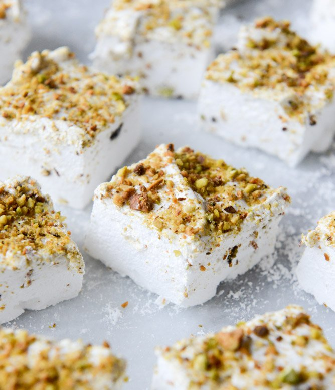 savory s'mores with pistachio marshmallows I howsweeteats.com