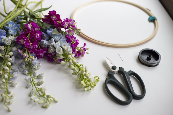 DIY floral chandelier I howsweeteats.com