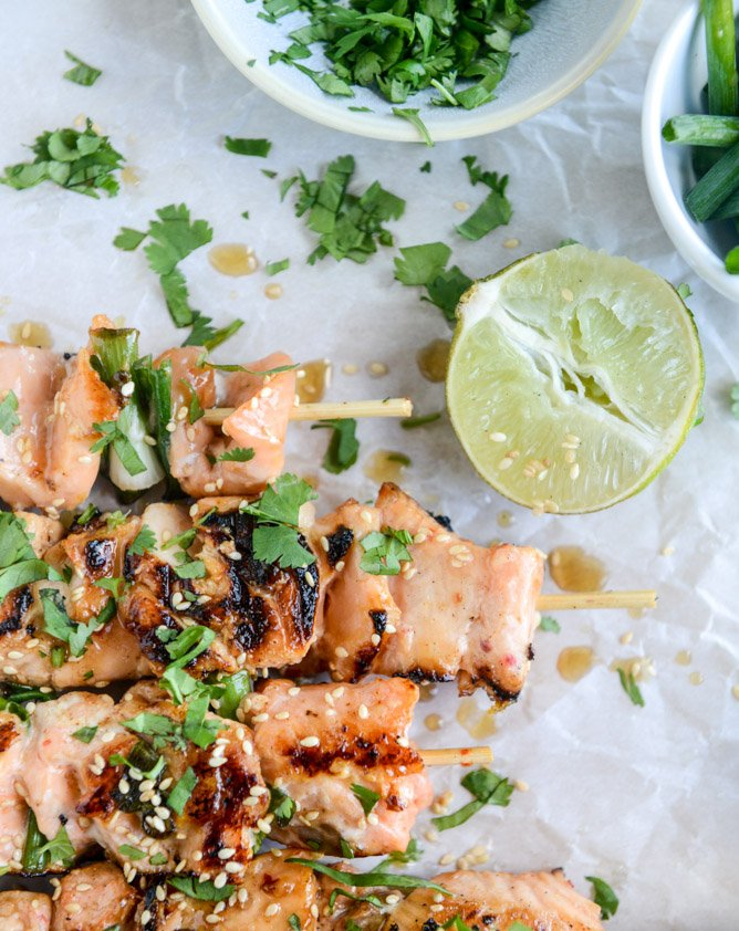 30 minute sweet thai chili salmon skewers I howsweeteats.com