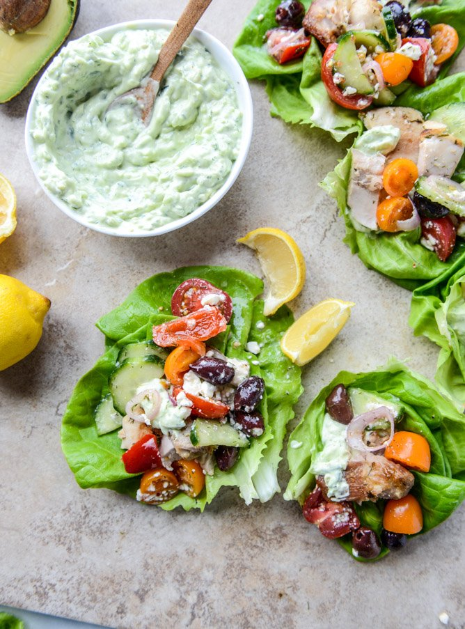 greek chicken lettuce cups with avocado tzatziki I howsweeteats.com