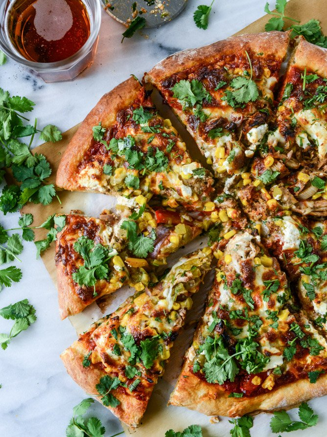 honey chipotle chicken pizza with goat cheese I howsweeteats.com