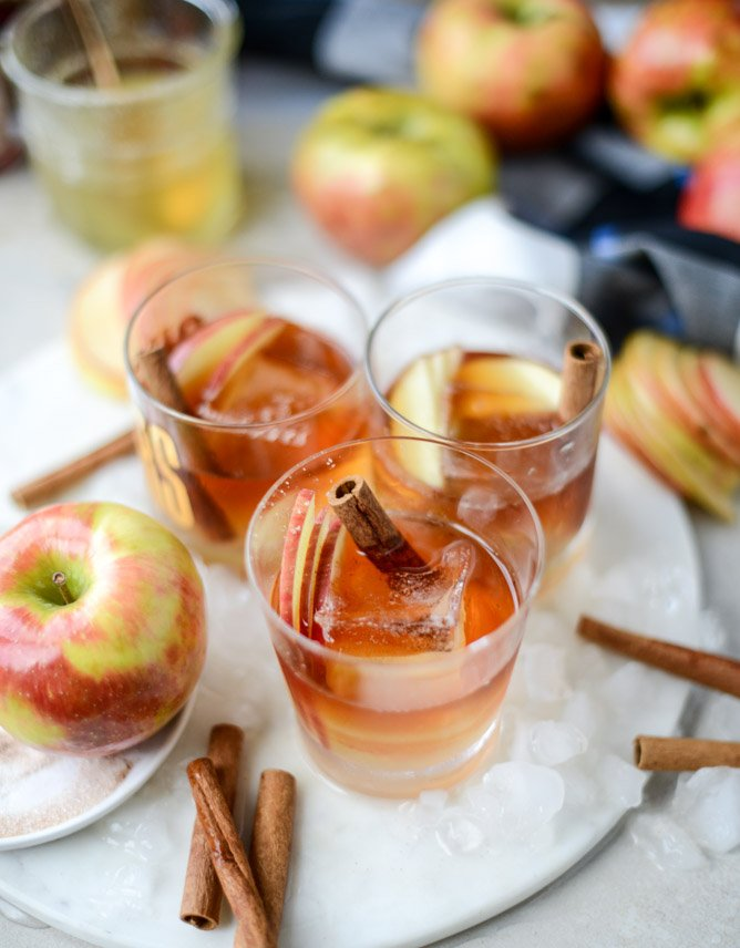 honeycrisp old fashioned I howsweeteats.com