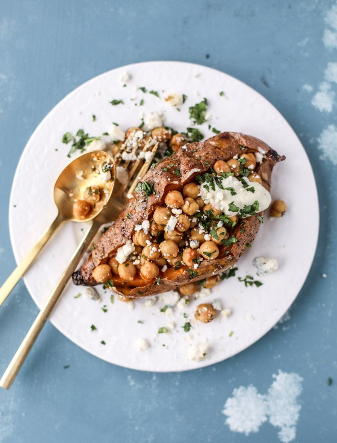 slow roasted sweet potatoes with garlic chickpeas and blue cheese sauce I howsweeteats.com