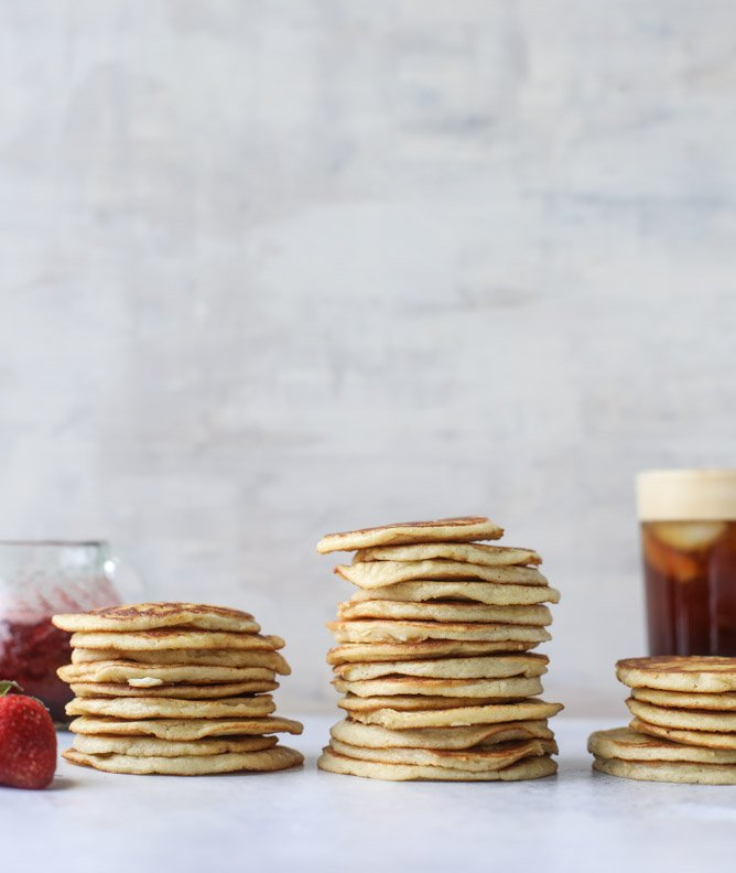 mini coconut ricotta pancakes with strawberry syrup I howsweeteats.com
