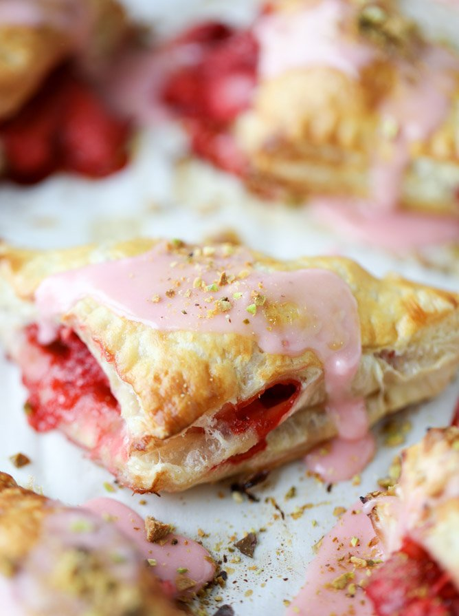 mini strawberry pistachio turnovers I howsweeteats.com