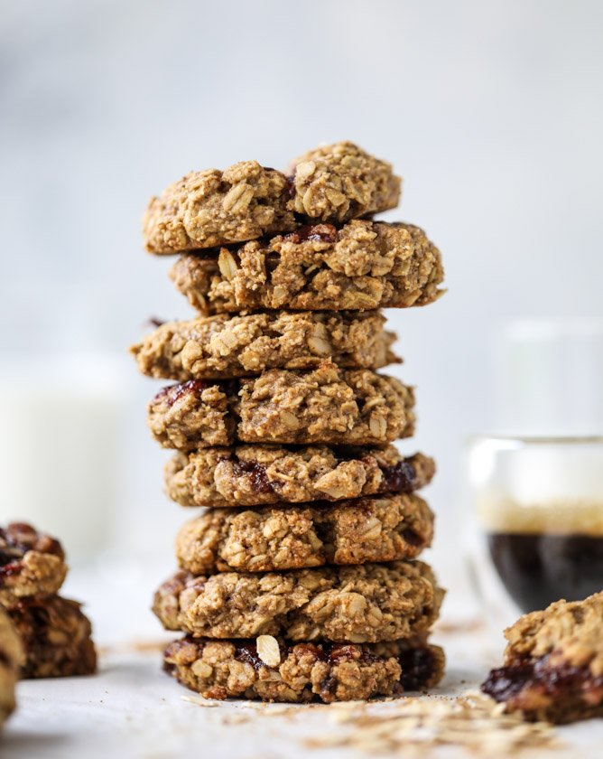 peanut butter and jelly breakfast cookies I howsweeteats.com