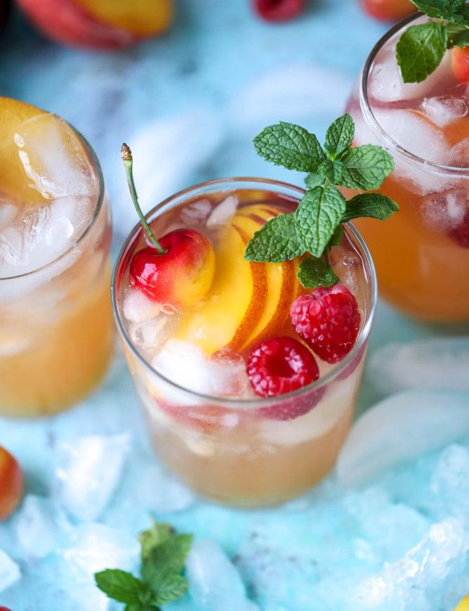 sparkling peach cider I howsweeteats.com