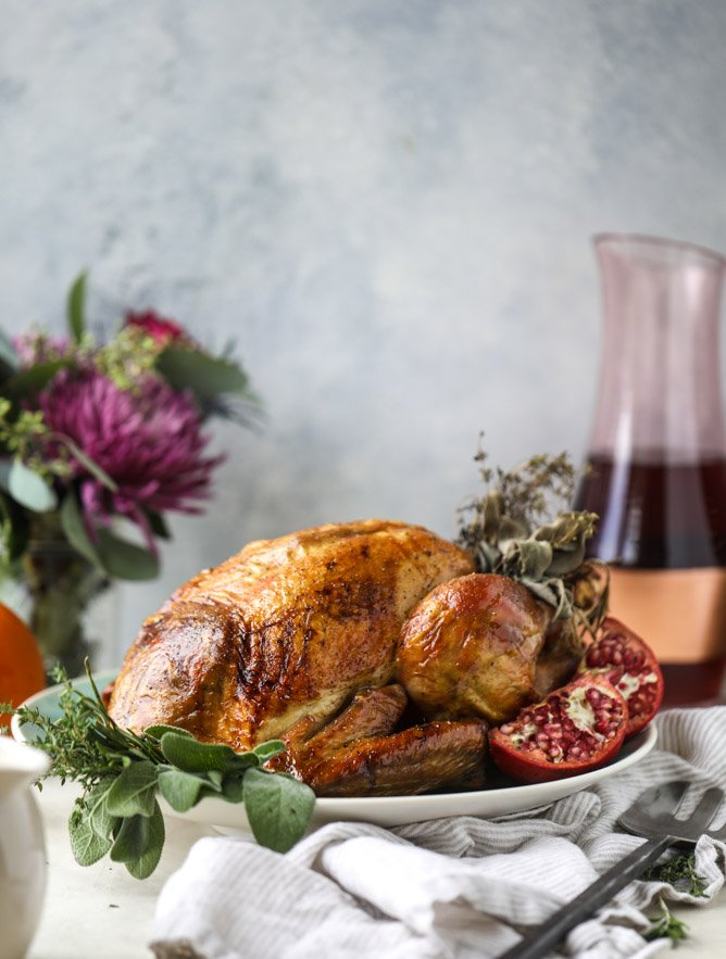 butter and wine roasted turkey with gravy I howsweeteats.com