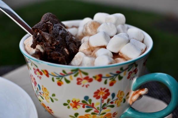 Hot Cocoa Cookies I howsweeteats.com