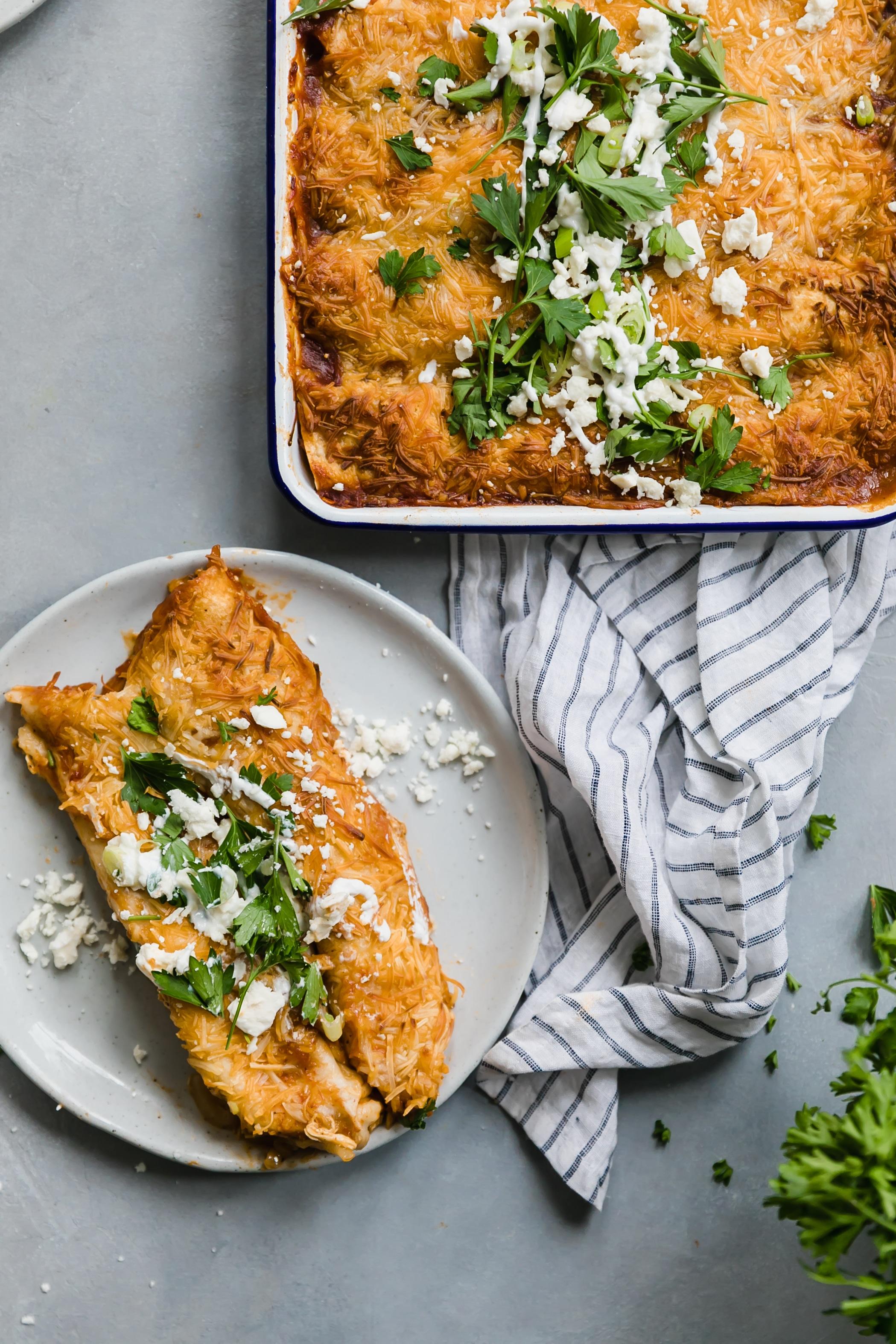 BBQ chicken enchiladas I howsweeteats.com #chicken #enchiladas #bbq