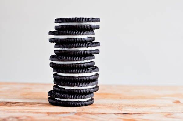Double Fudge Oreo Crunch Cookies I howsweeteats.com