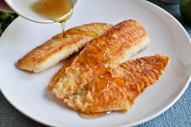 Crispy Honey Lime Tilapia I howsweeteats.com