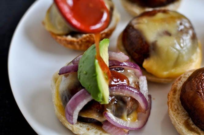 BBQ Portobello Sliders I howsweeteats.com