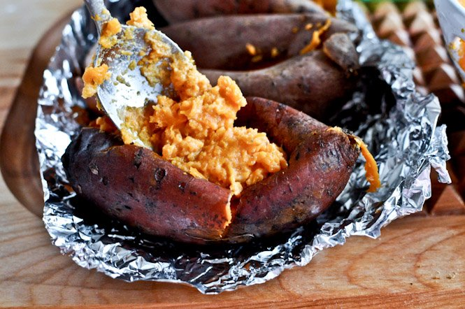 Roasted Grape, Goat Cheese + Honey Stuffed Sweet Potatoes I howsweeteats.com