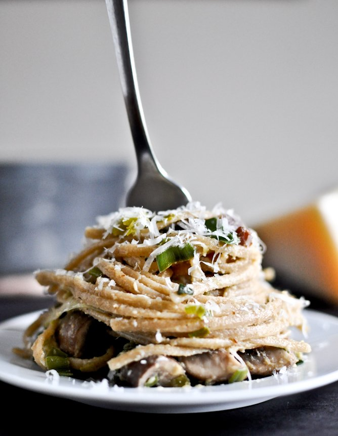 Portobello and Leek Carbonara I howsweeteats.com