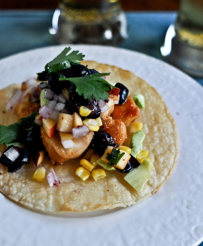 Sweet + Spicy Glazed Chicken, Corn + Avocado Tostadas with Blueberry Peach Salsa I howsweeteats.com