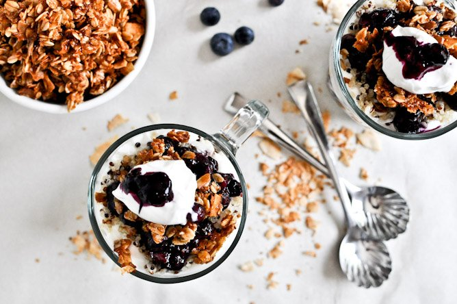 Roasted Blueberry Coconut Quinoa Parfaits with Coconut Granola I howsweeteats.com