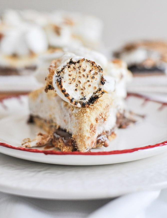 Gooey S'mores Ice Cream Cake I howsweeteats.com