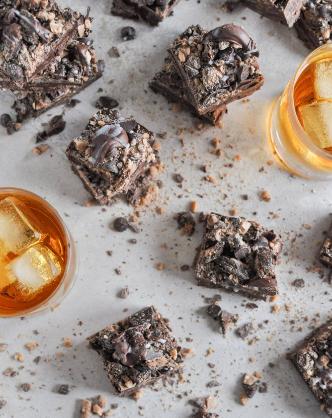 Loaded Chocolate Bourbon Fudge I howsweeteats.com