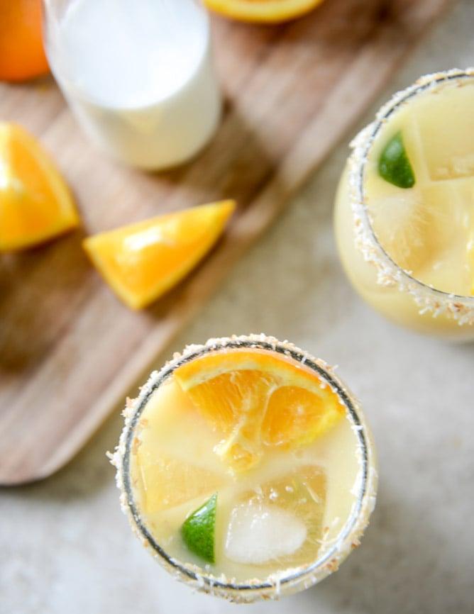 Coconut Creamsicle Margaritas I howsweeteats.com