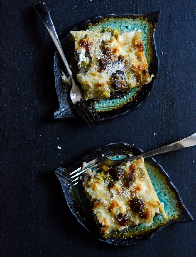 cheesy brussels sprouts lasagna I howsweeteats.com