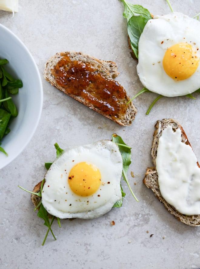 Gruyere, Fig Jam and Arugula Breakfast Sandwiches I howsweeteats.com