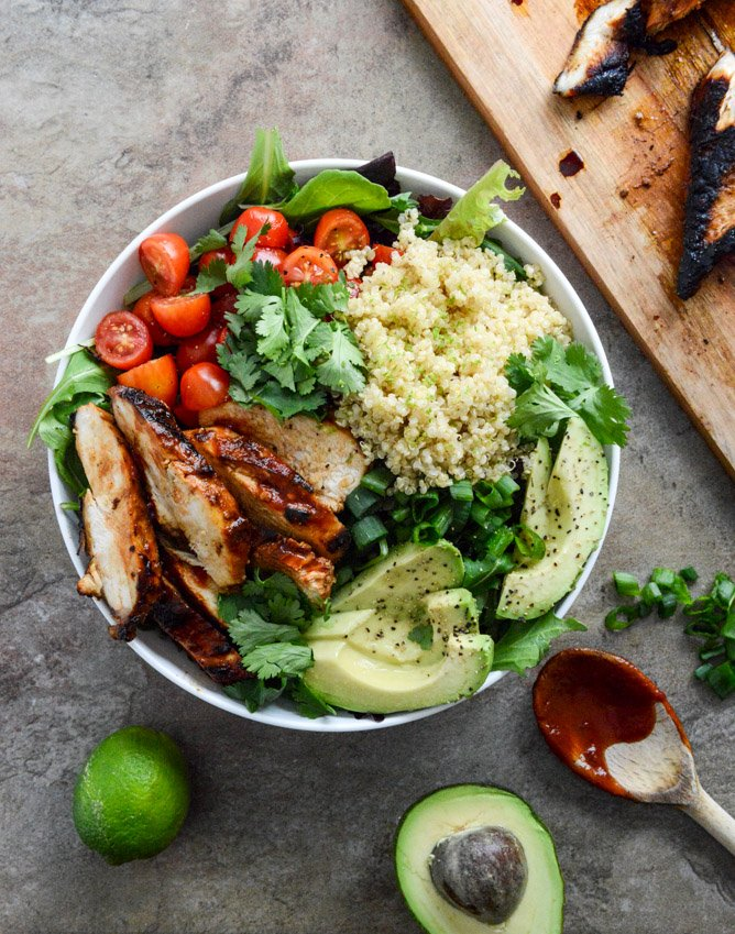 Honey Chipotle Chicken Quinoa Bowls -- PLUS 20+ of the best quinoa bowls on the planet