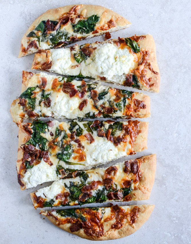 White Pizza with Spinach and Bacon I howsweeteats.com