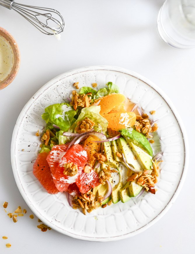 Avocado Citrus Crunch Salad with Oat Croutons and Black Pepper Buttermilk Drizzle I howsweeteats.com