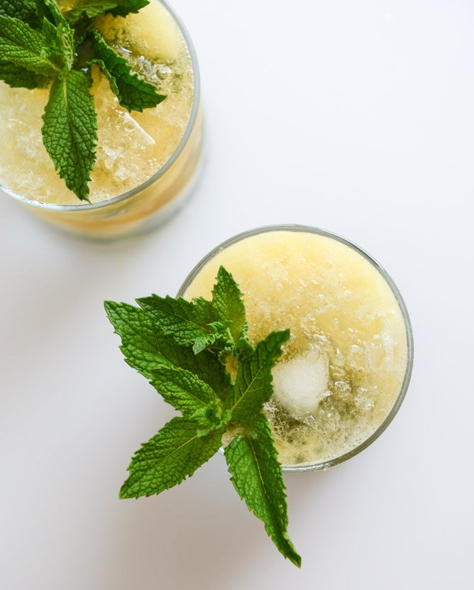 pineapple mint juleps I howsweeteats.com