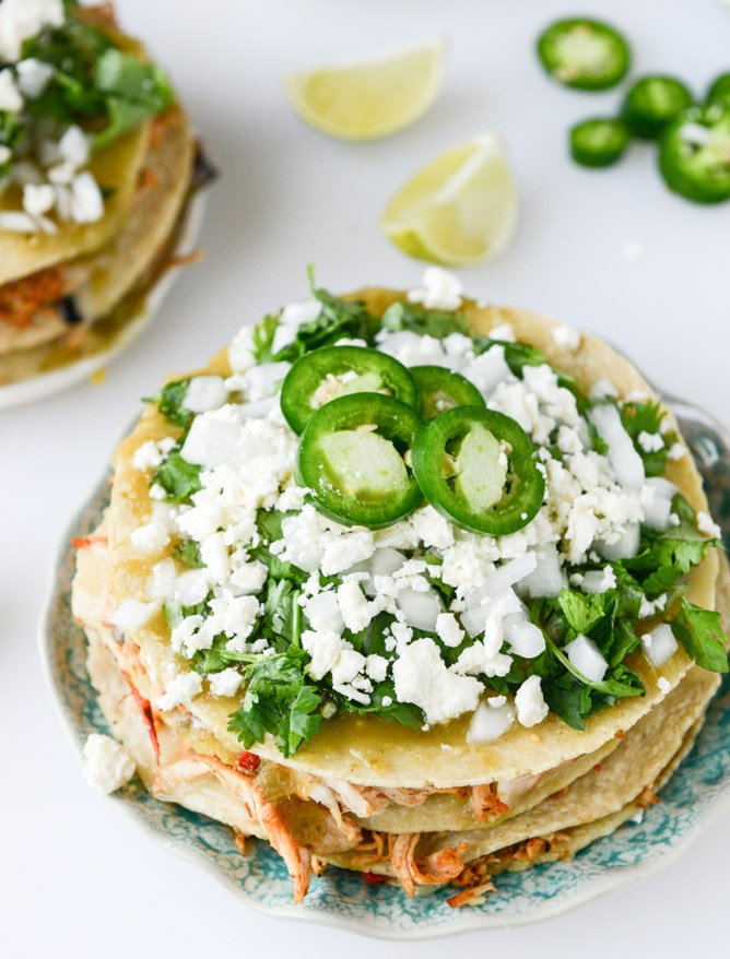 roasted chipotle chicken taco stacks I howsweeteats.com