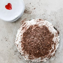 choco cream pie I howsweeteats.com-3